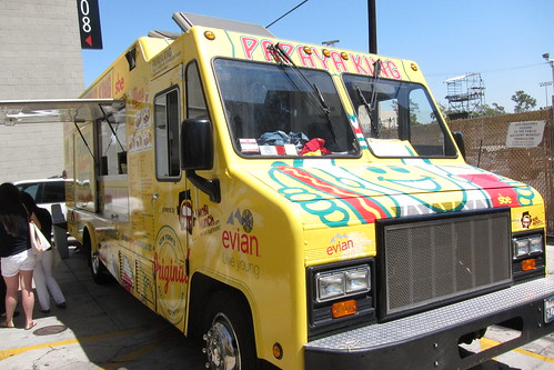 Papaya King Truck: Exterior