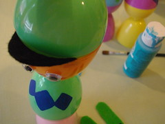 Egg hat