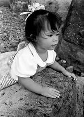 1997-04-26-1 23 Jamie by Rocks