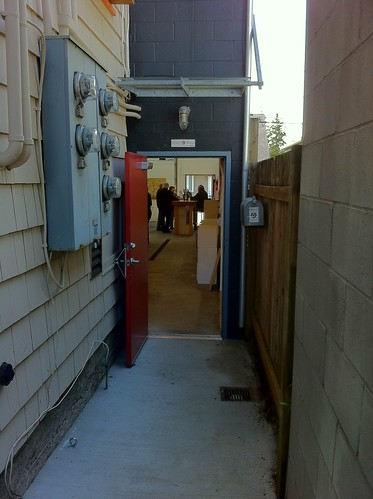 Alleyway entrance to Eight Bells Winery in Roosevelt