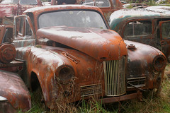 humber (Darren.s.Btwell) Tags: old cars rusty wrecked humber rootes