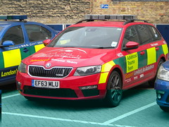 London HEMS Skoda Octavia VRS (TheEssexTech) Tags: team air ambulance londons trauma skoda octavia advanced vrs ef63mlu