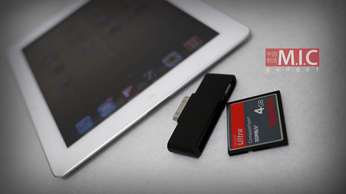 CF card reader for iPad