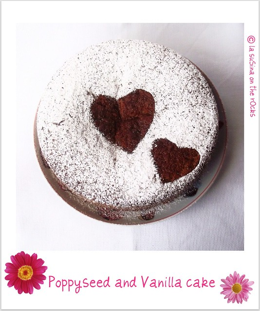 poppyseed and vanilla cake