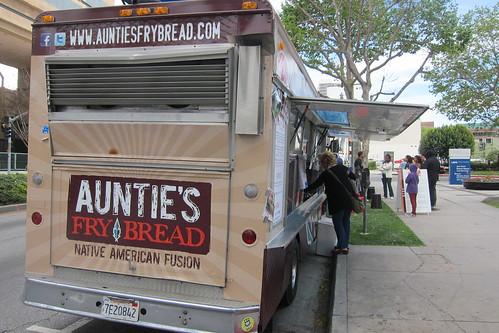 Auntie's Frybread: Exterior
