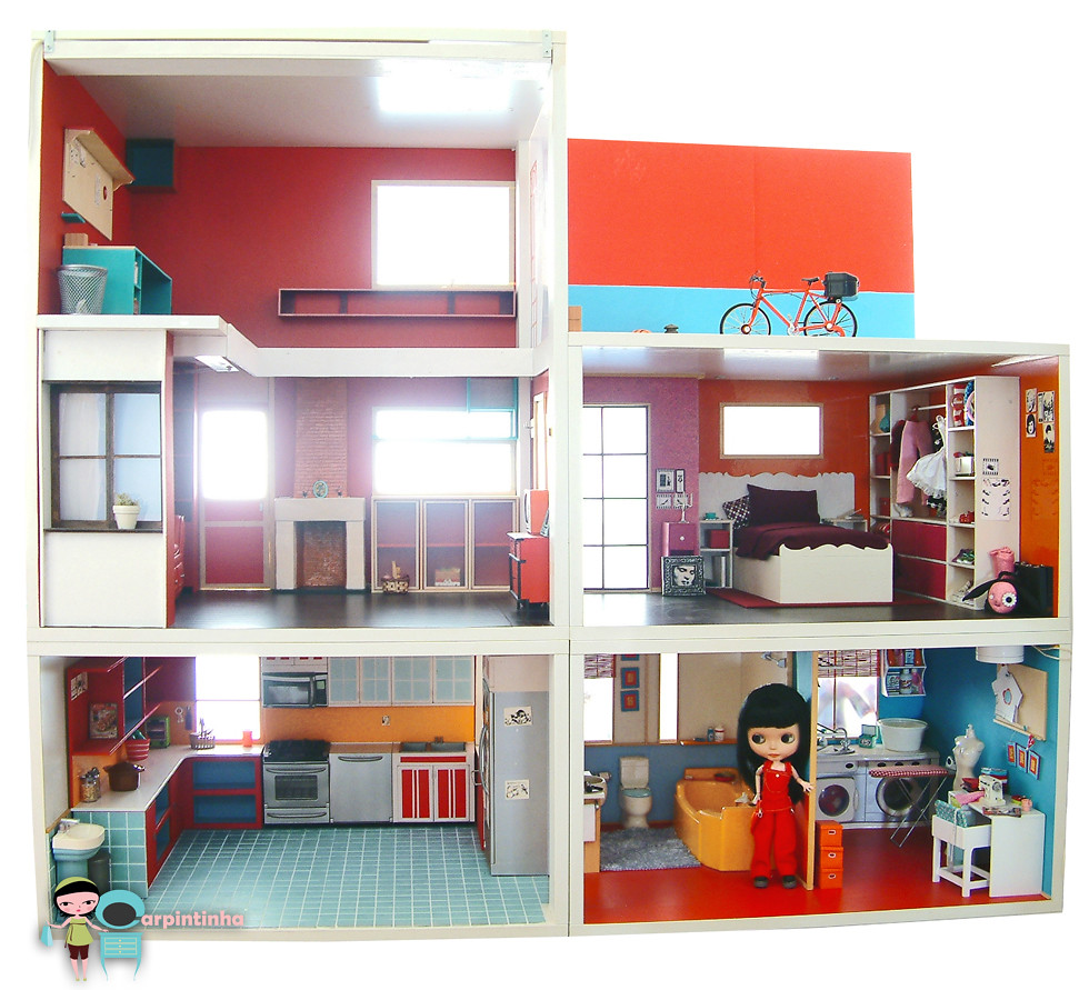 My Dollhouse the new windows and door 01