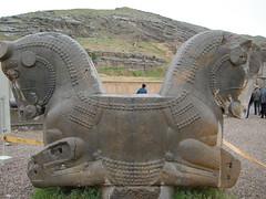 "Persepolis_Shiraz (Hamidreza Yousefi) Tags: iran persia shiraz persepolis architectura achaemenid ايران fars شيراز parsa تختجمشيد parseh مرودشت پارسه ""takhte jamshid"""
