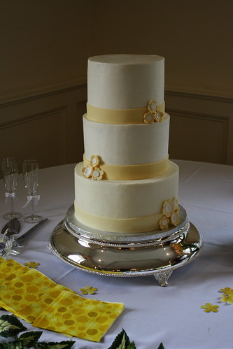 Adorable Pale Yellow and White Wedding Cake originally uploaded by