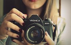 Yashica 50mm (Joeyful~) Tags: red vintage 50mm reflex 70 rosso yashica 60 analogic pellicola rullino