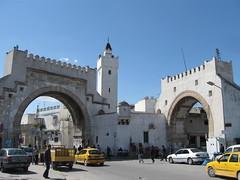 2011-01-tunesie-041-tunis-bab el khadra