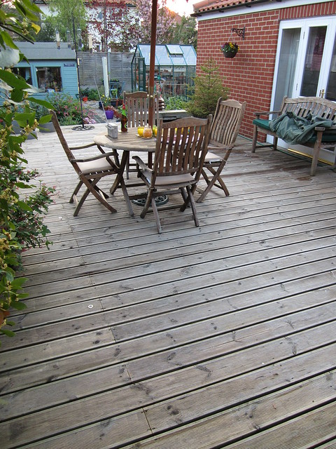 clean decking (2)