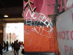 Erge - Seattle (Shmingleton Artwrite) Tags: seattle graffiti washington 206 spraypaint pikeplacemarket mdp erge 2011