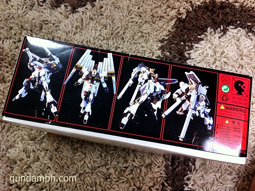 Building MC RX-93 Nu Gundoom Gundam (2)