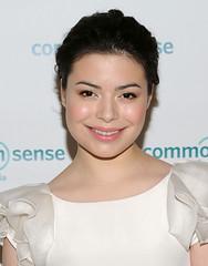 Miranda Cosgrove (mirandafansvzla) Tags: dan media warp awards miranda common sense cosgrove 2011 icarly