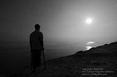 Irreversible (Taste_of_Cherry) Tags: sun reflection water river lame bangladesh padma scorching maowa vagyakul