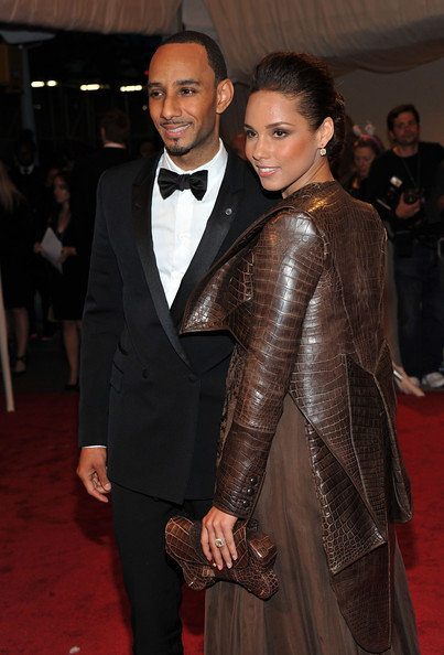 Swizz Beatz with wife Alicia Keys by theloop21