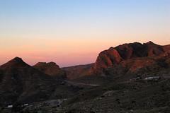 Berge über La Matanza im ersten Morgenlicht