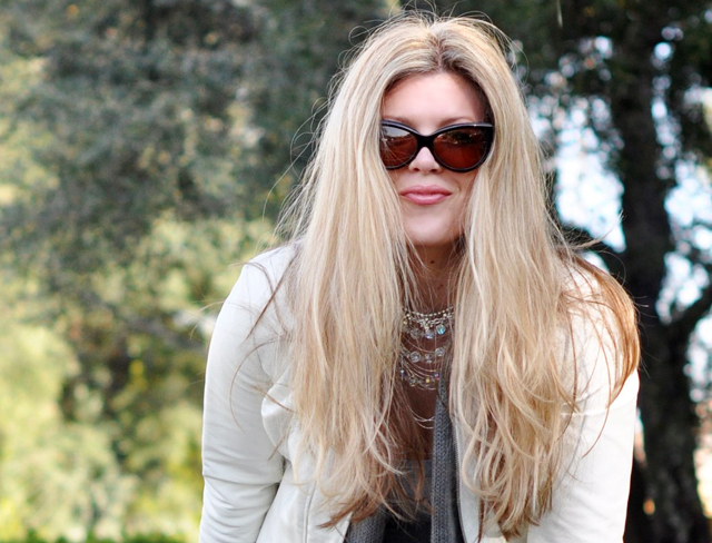 blond hair and tom ford cat eye sunglasses