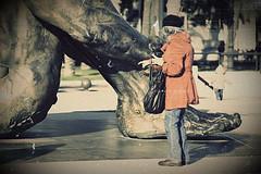 (Cani Mancebo) Tags: old españa woman procesocruzado spain women mayor sigma escultura murcia cartagena 70200 esculpture señora robado sigma70200mm 400d canoneos400ddigital canimancebo sigma70200mmf28exdgapomacrohsmiicanon