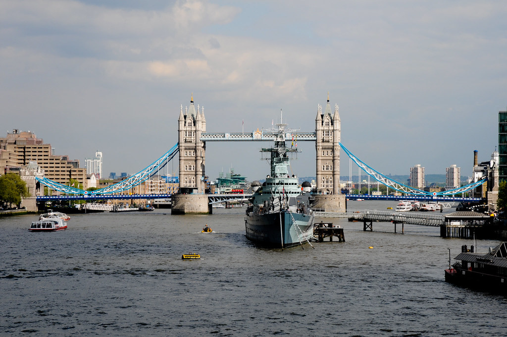 London 2010 - Tower Bridge