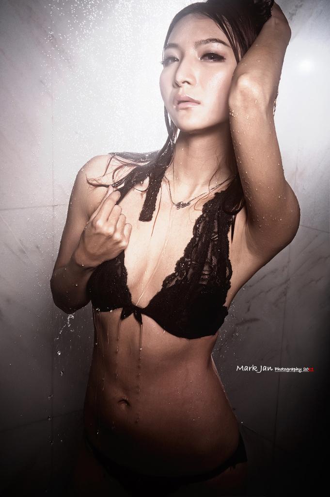 Glamour Image V05 - Tina