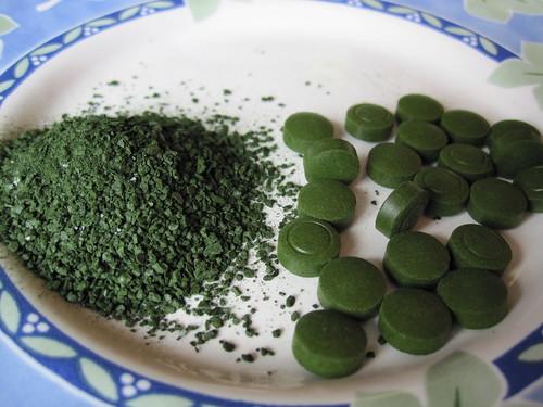 Sun Chlorella granules and tablets