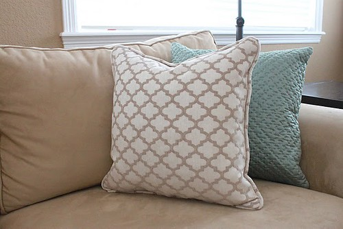 pillow piping tutorial