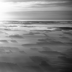 Sunrise and Shadow (erick.go) Tags: france flying aircraft sigma crew piper iledefrance navigation pilot avion pilote aventure sigma1020mm pa28 chteaudechenonceau chteaudechambord arodrome aronef chteauxdelaloire sigma50150mmf28 sonyalpha700 plessisbelleville chteaudechaumontsurloire sony35mmf18