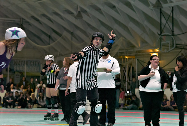 pointing at the lead jammer, not the lead jammer himself