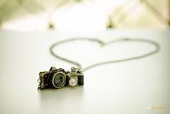 Camera necklace (Explored) (Ziyan | Photography) Tags: camera necklace heart bokeh canon5d   ziyan canonef2470mmf28l