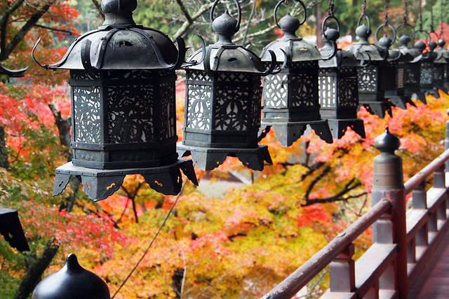 20101120_085805_談山神社_拝殿