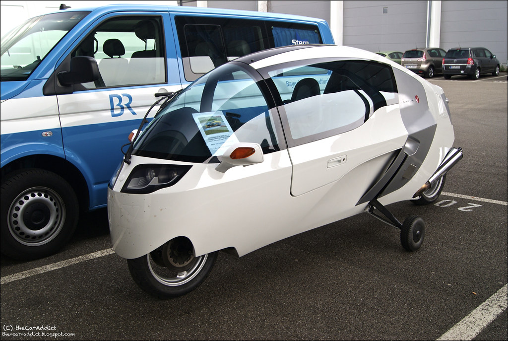 electric motorcycle enclosed - photo #18