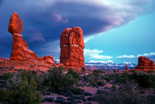 Balanced Rock in Arches National Park, Utah [EXPLORED!] by Jeka World Photography