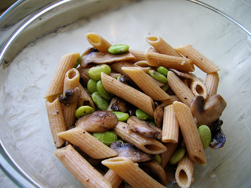 pasta with mushrooms and lima beans