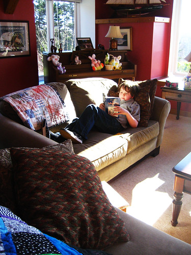 Reading Child (269)