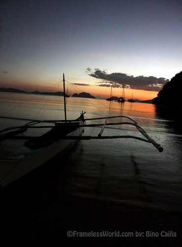 sunset in El Nido