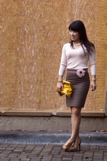 banana republic pink knit american apparel medium carry all pouch yellow clutch express high waist mini bandage skirt cool earth forever 21 yellow pumps michael kors rose gold watch mk5430 agaci pink skinny belt flower clip