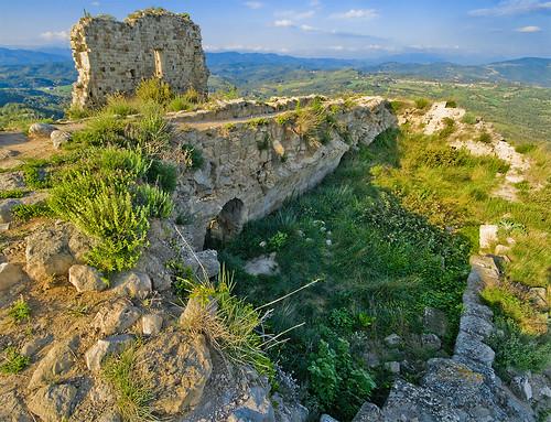 Les ruines de Lluca  / The ruins of the Castle of Lluca