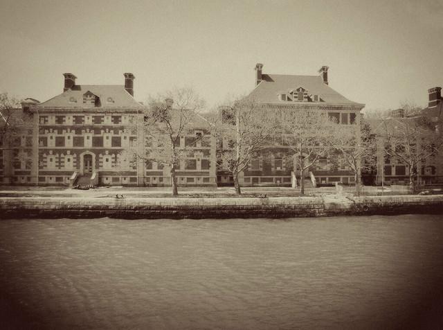 Ellis Island-vintage