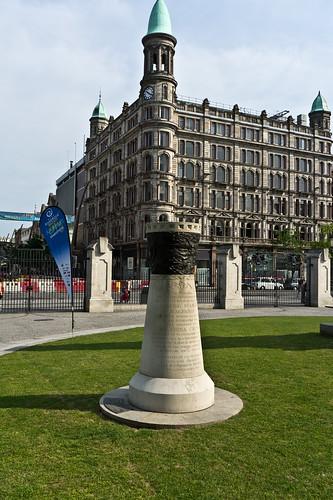 Belfast City Hall -  Magennis Memorial