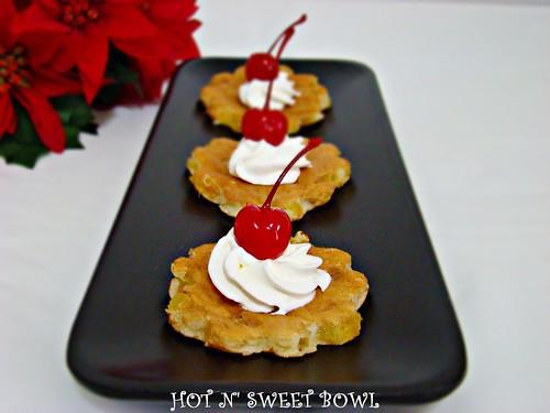 Hawaiian Pancakes / Pineapple Pancakes