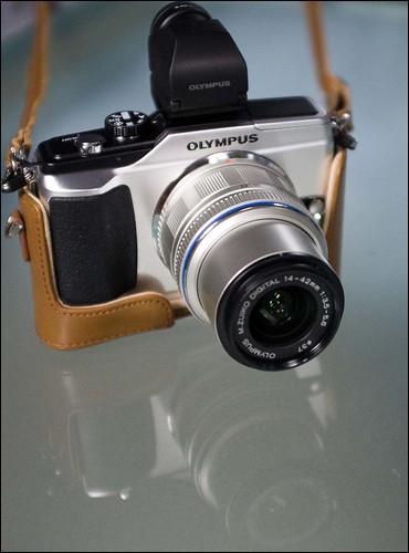 Olympus E-PL2 14-42mm kit zoom