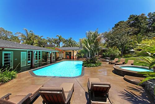 4641 South Lane - (32) expansive pool patio