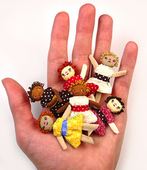 Palm Full of Dolls (dollproject) Tags: house scale set miniature doll dolls pattern handmade country rustic mini tiny americana kit cloth scrap rag ultra bits ragdoll suede dollhouse prim primitive
