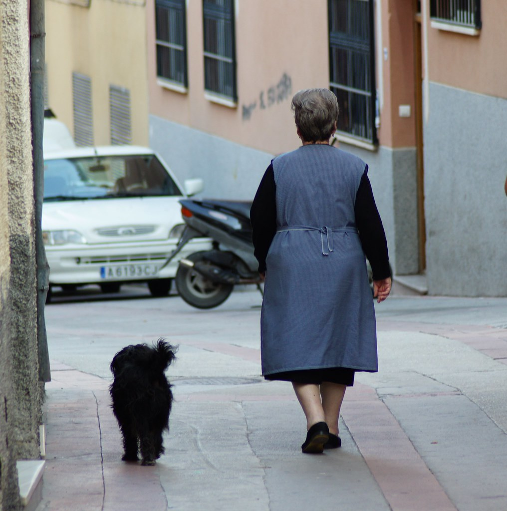 spanish lady and her dog