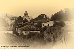 BWAS10 (www.ignaciolinares.com) Tags: blackandwhite mountains blancoynegro canon spain village north pueblo lakes asturias lagos norte montaas picosdeeuropa covadonga