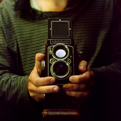 Rolleiflex 2.8C (K/W Vintage Camera Club) Tags: 120 film rollei rolleiflex mirror kodak case porta cropped medium format 28 1953 schneider kreuznach 28c 400vc xenotar everready