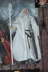 Figurine Black Gate of Mordor Legolas and Gimli and The Mouth of Sauron With Steed and Aragorn With Anduril Sword and Gandalf The White (Nefastus Nex) Tags: white black mouth toy gate king with box lord du des collection rings le return figure gandalf sword aragorn biz figurine steed et blanc gimli legolas roi sauron mordor retour the seigneur anduril nex toybiz anneaux coffret nefastus