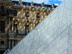 (burnette or brunette) Tags: museedulouvre diagonal reflejos reflections crystal paris museum louvre pyramid instagramapp square squareformat