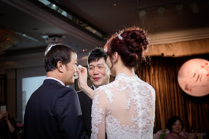 國賓婚攝,台北國賓,國賓飯店婚宴,新秘Miko ,婚攝小勇,台北婚攝, 愛瑞思新娘秘書造型團隊,西敏英國手工婚紗,小寶工作室-031